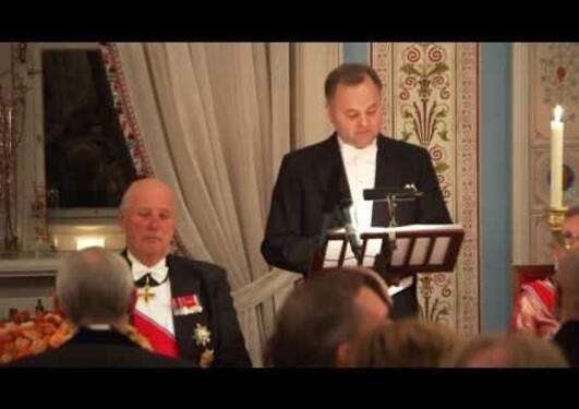 TV2s opptak av Stortingspresidentens tale under slottsmiddagen 2013