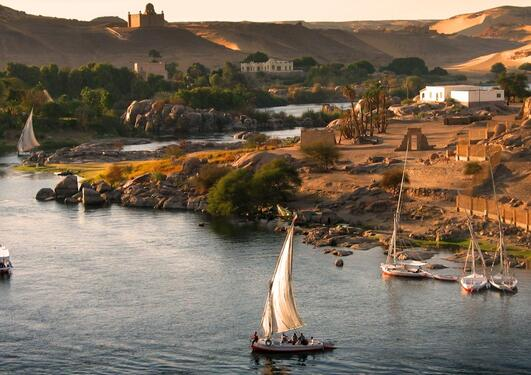 Nilen er verdens mest myteomspunne og omstridte elv. Her ved Aswan, sør i Egypt.