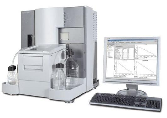 The image shows the Biacore T200 instrument
