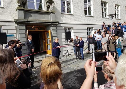 Statsministeren åpner Vestfløyen til Klimaforskning