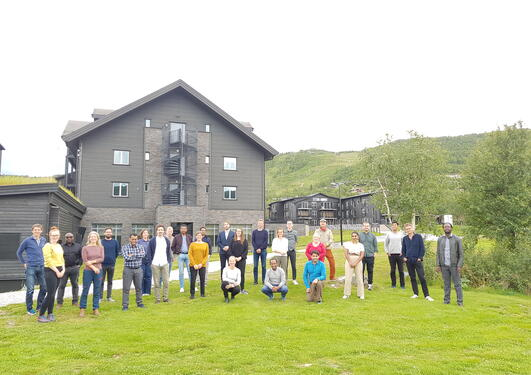 Members of Etøk