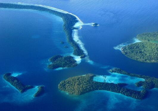 Marovo-lagunen på Salomonøyene i det sørlige Stillehavet
