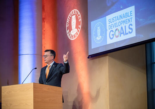 Rector Dag Rune Olsen at the first Ocean Sustainability Bergen Conference in October 2019. He is getting ready to attend a UN meeting in April to make a major announcement.