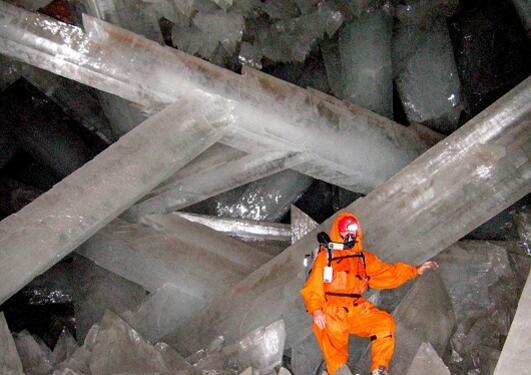 Krystaller i Cueva de los Cristales i Naica, Mexico