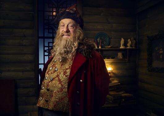 Trond Høvik som julenissen Julius i NRK-serien Snøfall