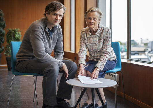 Kjersti Fløttum from University of Bergen and Endre Tvinnereim from Uni Research Rokkan are co-authors of an article published in Nature Climate Change on 1 June 2015.