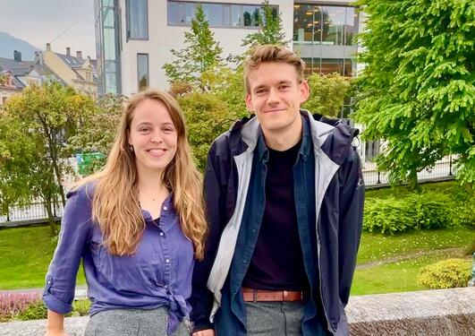 Harr Lewis Law og Anna Blome fikk plass på nytt masterstudie i bærekraft