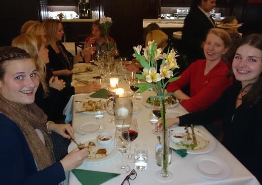 Bilde fra middagen på BNKFs årlige konferanse