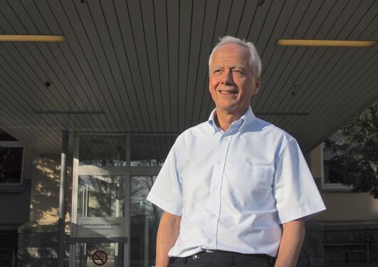 Laurence Bindoff har satt sammen et team av forskere som sammen utgjør NeuroAGE.Målet komme nærmere en løsningpå Alzheimers- og Parkinsons-gåten.