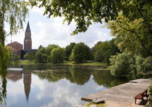 Utsikt over eit vatn i Kiel