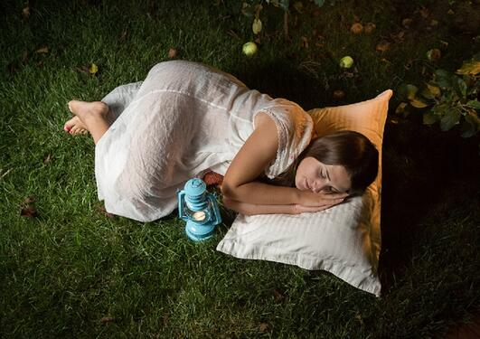 sleep outside in the summer night