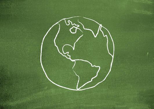 globe på grønn bakgrunn