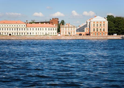 Hovudbygning, St. Petersburg statlege universitet