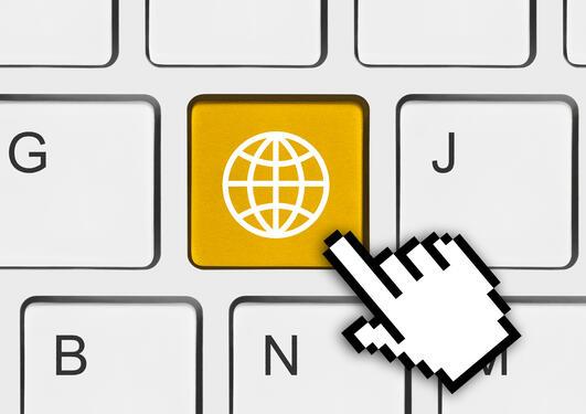 Tastatur med en global-knapp