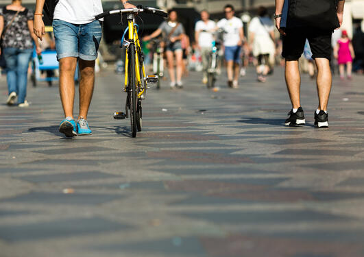 Cycling/walking in the city