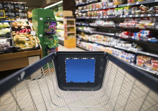 Handlevogn i dagligvarebutikk
