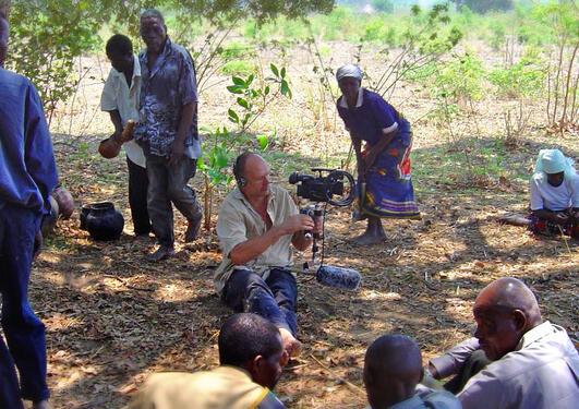 dr._frode_storaas_bergen_museum_filming_rainmaking_ceremonies_in_manica_mozambique
