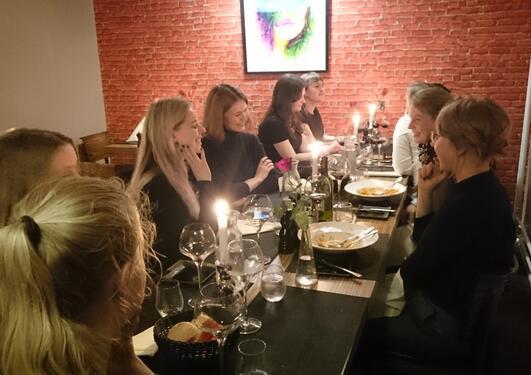 Rundt middagsbordet lørdag etter konferansen