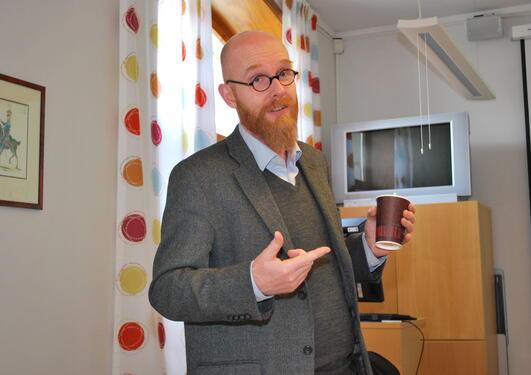 Anders Runesson, vitenskapelig direktør for den nye forskerskolen, besøkte AHKR.