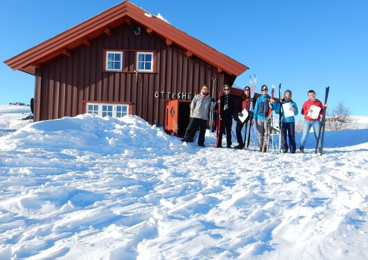 Young microbiologists infront of Ottesheimen
