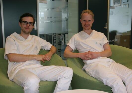 Forskerlinje studentene Magnus Holmøy Bratteberg og Håkon Gulliksen