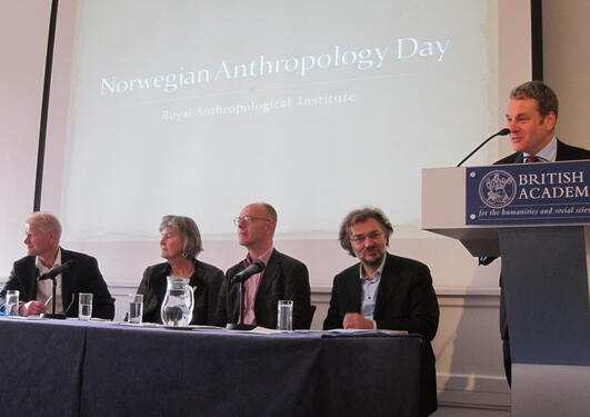 panel diskusjon på Norwegian Anthropology Day i London
