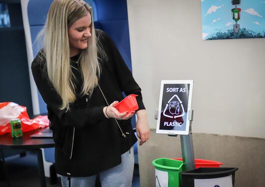 MediaFutures resirkuleringsrobot