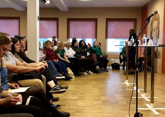 Publikum på Litteraturhuset