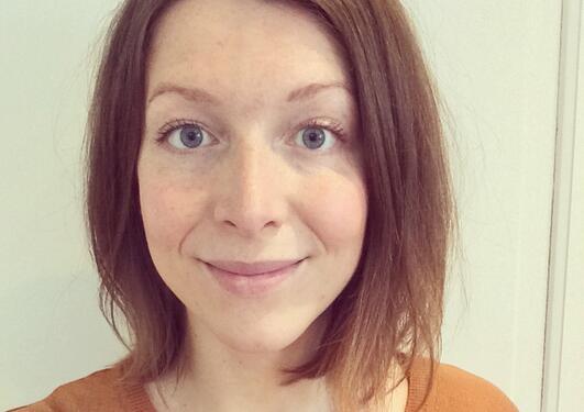 Julie Arntzen, logoped