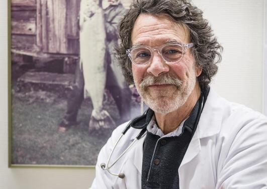 Professor Kenneth Dickstein