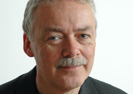 Professor Kjell Vaage ved Institutt for økonomi, Universitetet i Bergen fyller 60 år.