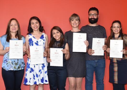De nye tannlegene er, fra venstre: Nada Paunovic, Kim T. Nguyen, Zahira J. V. Oyola, Nazanin Mousavi, Mohamad H. Alhousain og Maryam Sabernezhad.