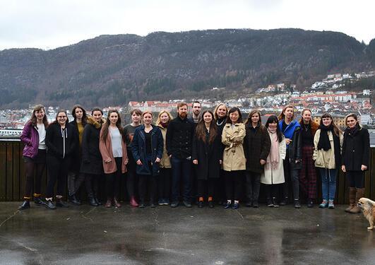 Avgangsstudentane ved Institutt for kunst 2017