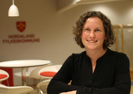 Mari-Kristine Morberg gjorde feltarbarbeid om kjønnspraksiser i Buenos Aires, Argentina. I dag er hun Hordalands første mobbeombud.