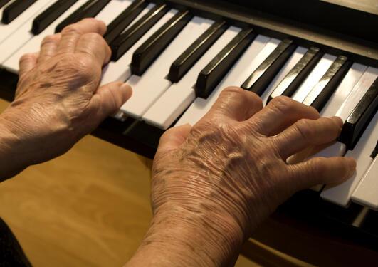 Vidareutdanning for musikkterapeutar i eldreomsorg