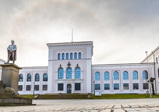 Fasade på Naturhistorisk museum, UiB