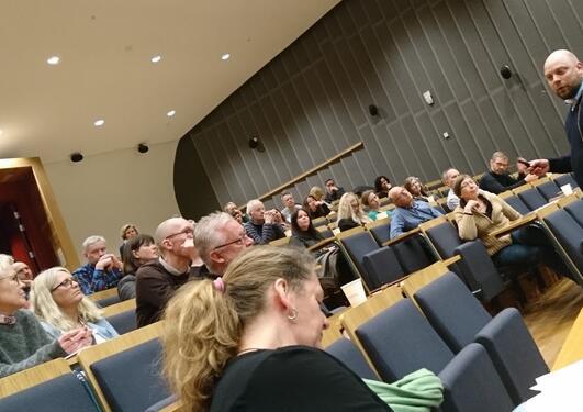 Harald Engesæth i auditoriet