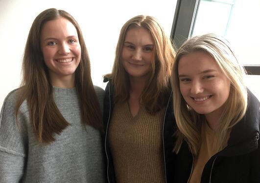 Elever på Nordahl Grieg vgs