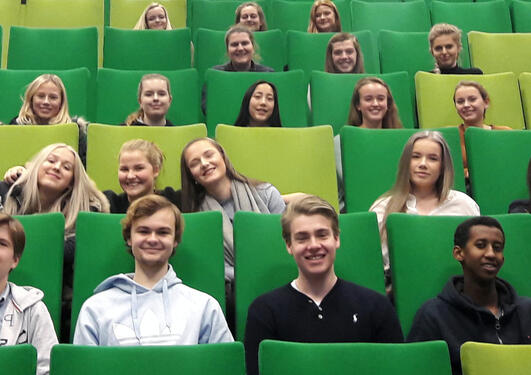 Elever fra Nordahl Grieg