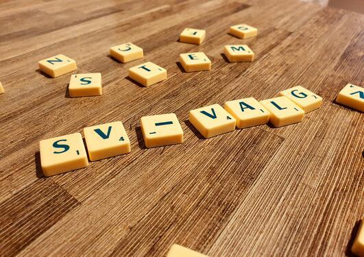 SV-valg med Scrabble-bokstaver