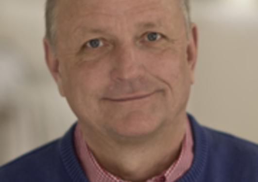 Professor Olle Kämpe