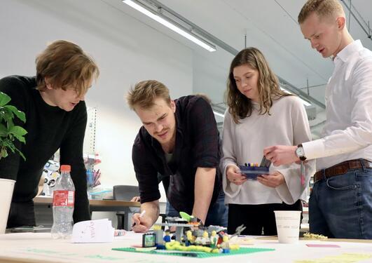 Operasjon Plast i MakerSpace 2020