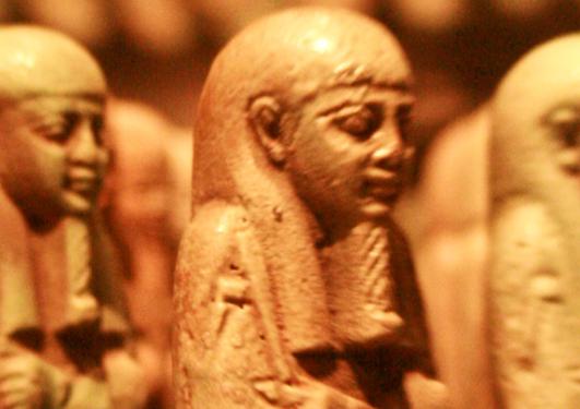 bilete av nokre egyptiske figurar, sokalla ushabti