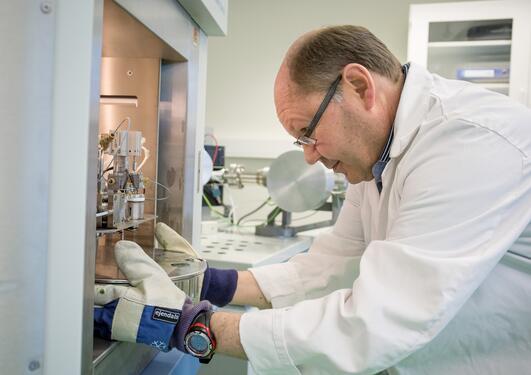 Bilde av Rune Egil Søraas på lab