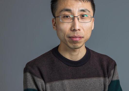 Portrettfoto av Haiyang Feng