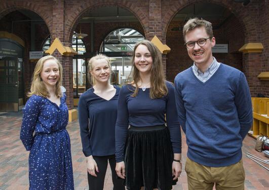 bilde av fire nye stipendiater