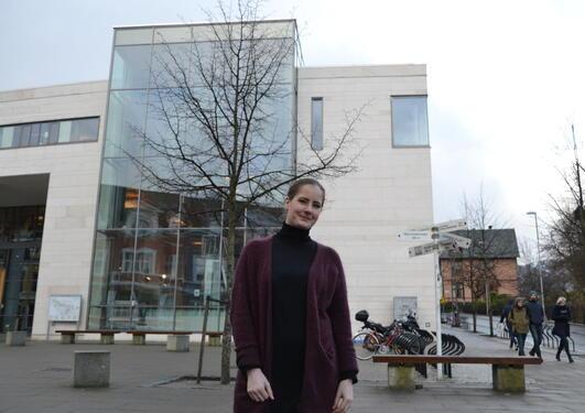Thea Larsen
