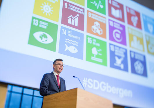 The University of Bergen's Rector Dag Rune Olsen speaking at the opening of the SDG Bergen Conference 2018.