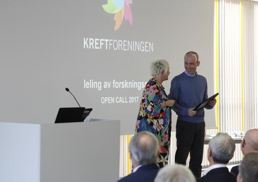 Knappskog mottar utmerkelse for brukermedvirkning