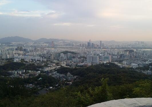 Utsikt over Seoul fra Ansan Mountain.
